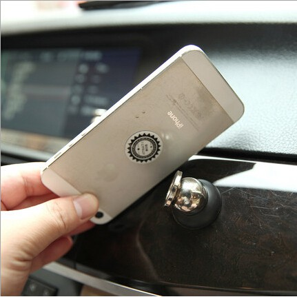 Magnetic Car Phone Holder 360 Degree Rotate Strong Adhesive and Metal Ring Stand for iPhone 11 Realme 5 pro Huawei Nova/